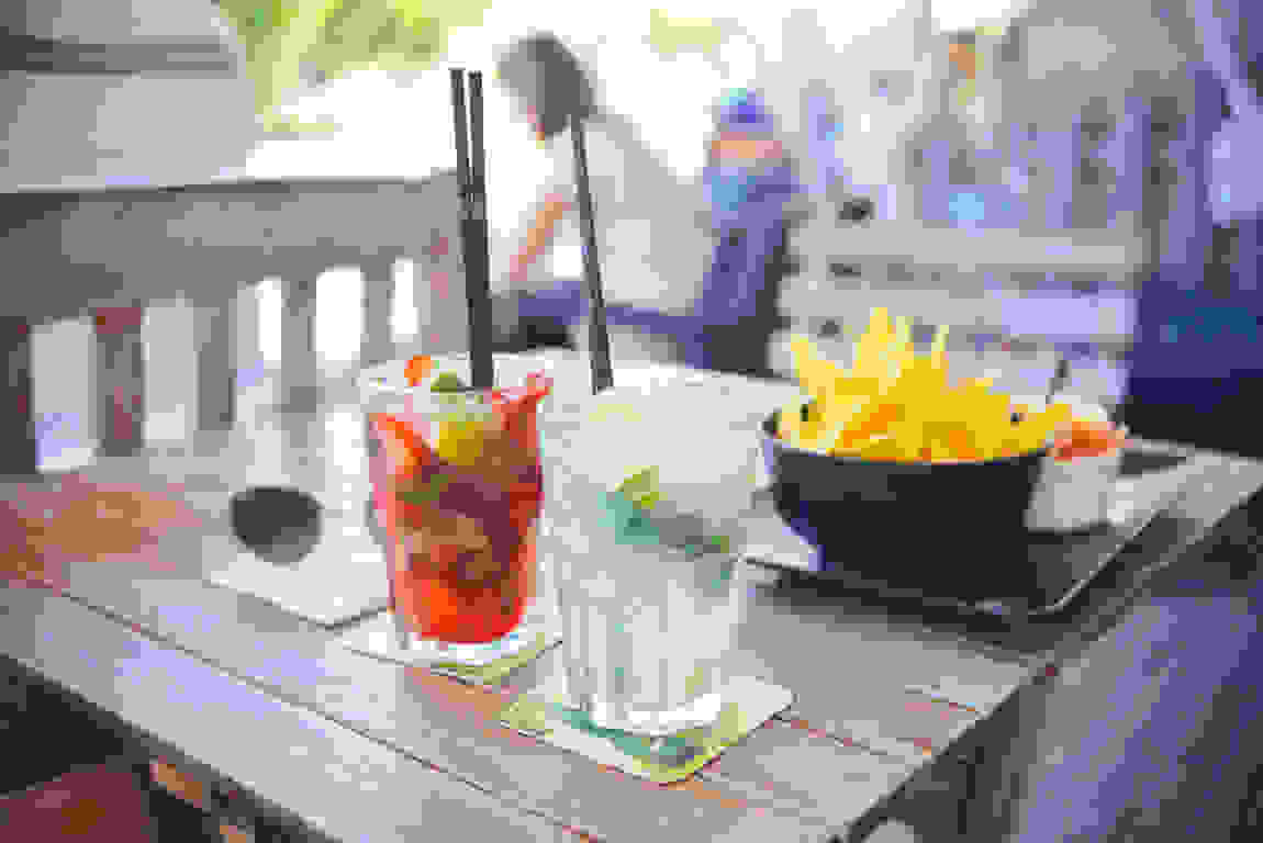 alcohol-bar-drinks-party-